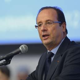 Monti prenda esempio dal presidente Hollande: via ai ricchi per dare alle famiglie