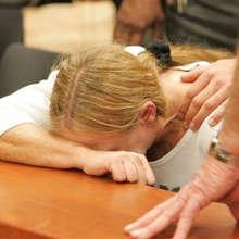 Banca nega diritto a sospendere mutuo: l'uomo tenta il suicidio