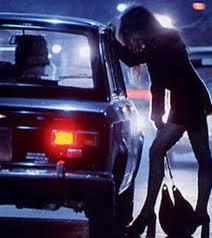Prostituta onesta paga la multa con grande dignità
