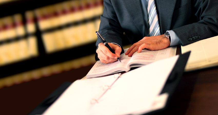 """Giustizia, la parola agli avvocati, """"stiamo vendendo merce avariata"""""""