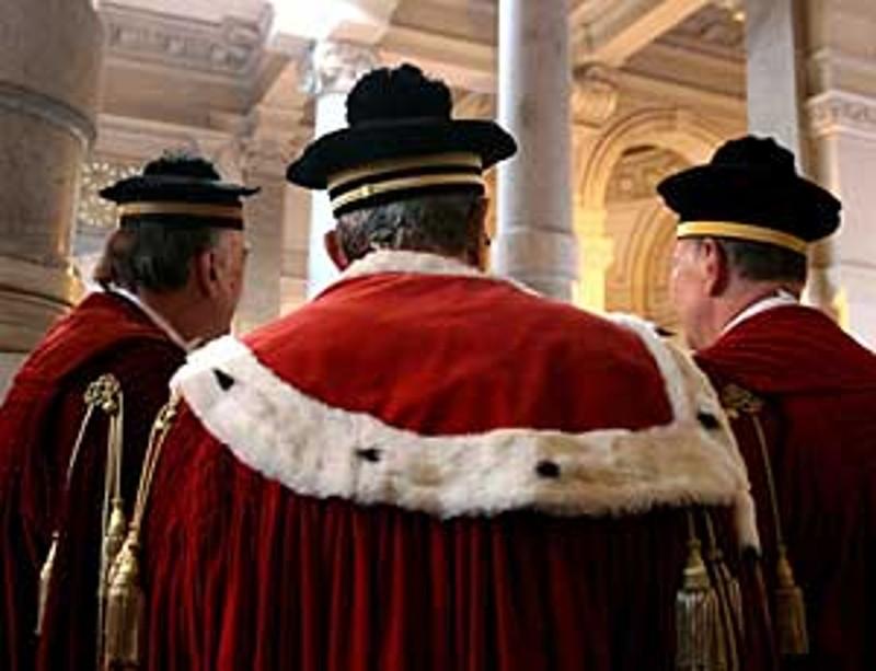 """Suprema Corte corregge Equitalia, """"prescrizione ordinaria inaccettabile"""""""