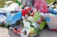 Sacchetti biodegradabili, si preferisce l'imballaggio al rifiuto zero. Aumentano i costi anche dello smaltimento rifiuti