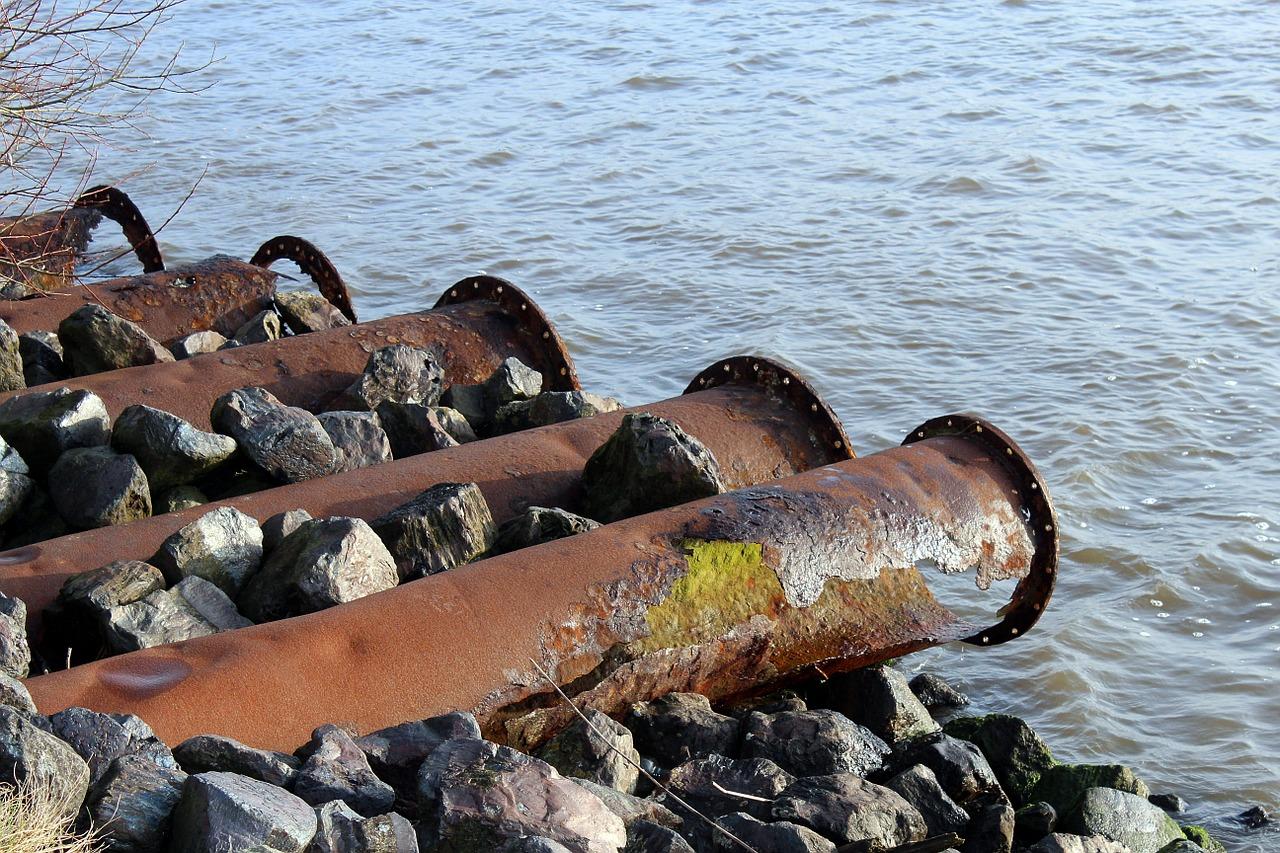 """18 centesimi ogni mc di acqua a bolletta a utente. La multa la paghino le società di gestione risorse idriche"""""""