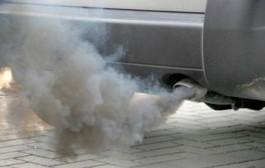 Sconto bollo auto per 4 mln di automobilisti inquinanti. Cosa è successo all'eco tassa?